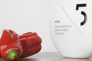 FIVE Ultra Premium – Photography: Stefanos Tsakiris (3w.stefanostsakiris.com) – Food Styling: Kyriaki Sidiropoulou – Bottle Graphic Design: Designers United